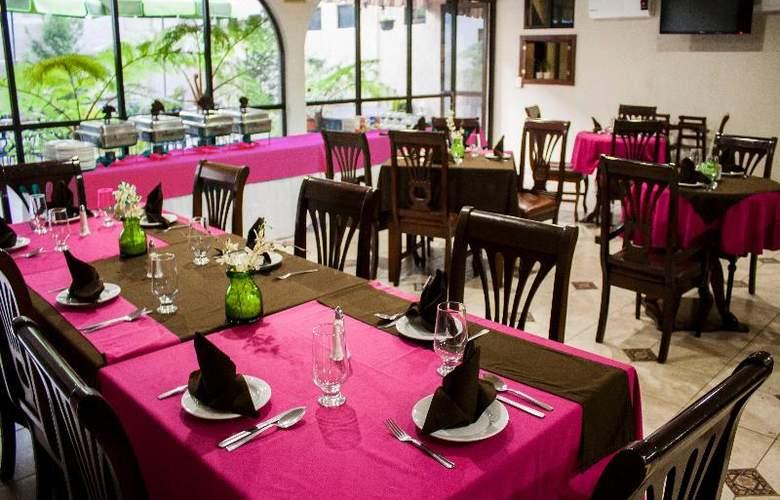 Casino Plaza Guadalajara - Restaurant - 16