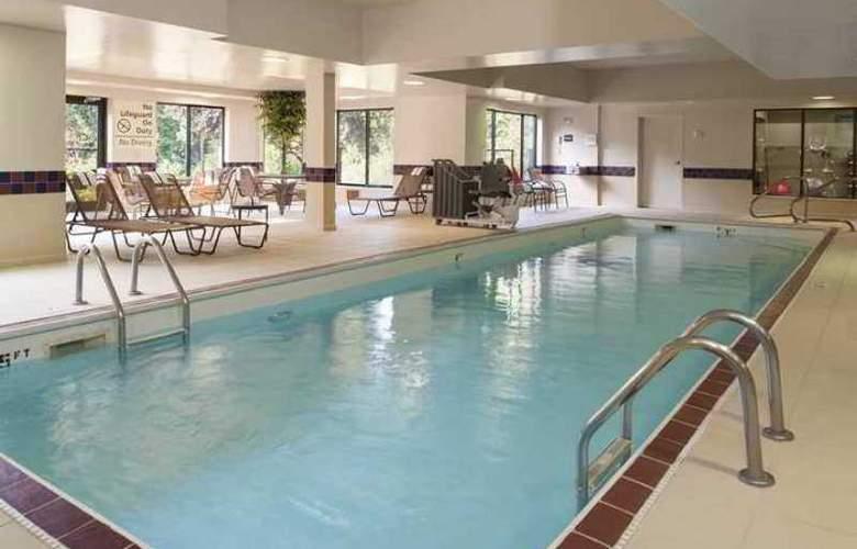 Hampton Inn & Suites Kokomo - Hotel - 2