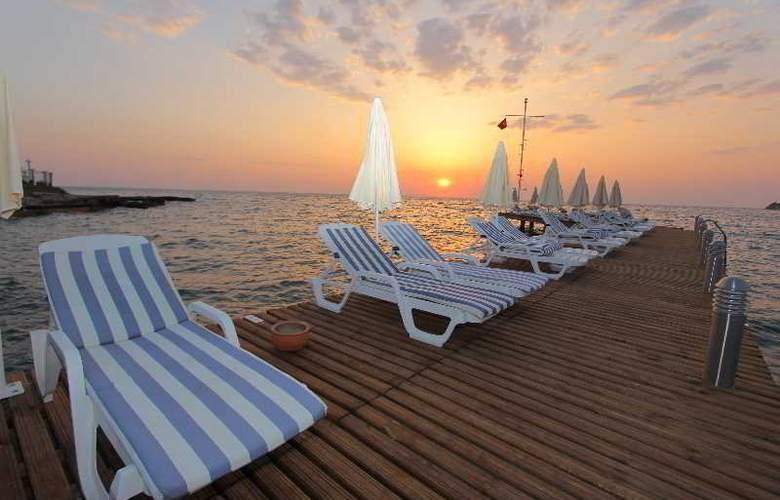 Majesty Club Tarhan Holiday Village - Beach - 3