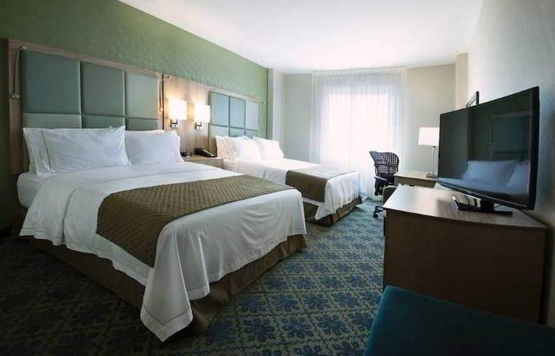 Holiday Inn Express Suites - Room - 1