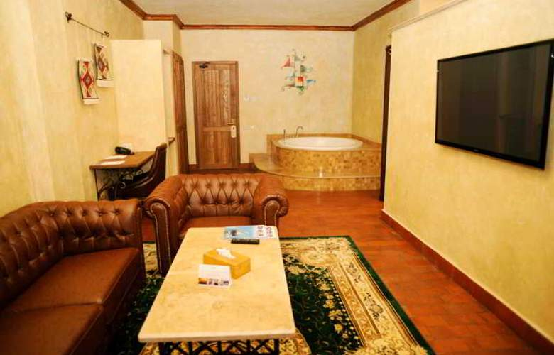 Caucasus - Room - 2