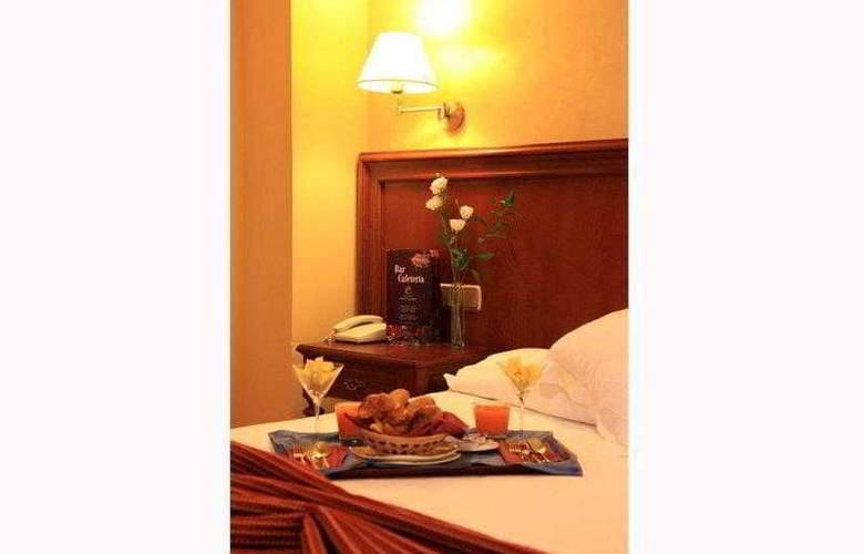 Cervantes - Hotel - 11