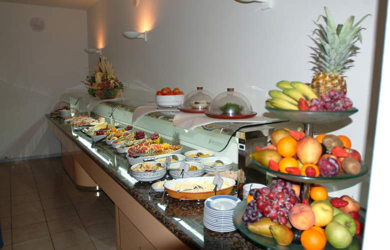 VIK Suite Hotel Risco del Gato - Restaurant - 4