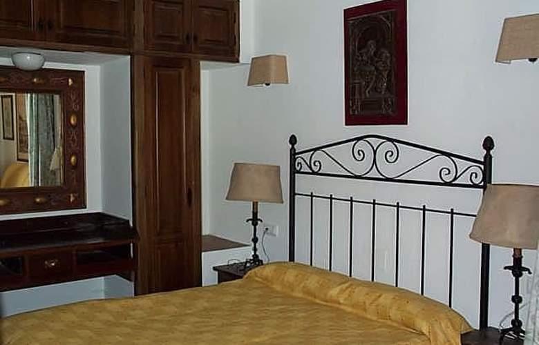 Apartamentos Cortijo Fontanilla - Room - 4