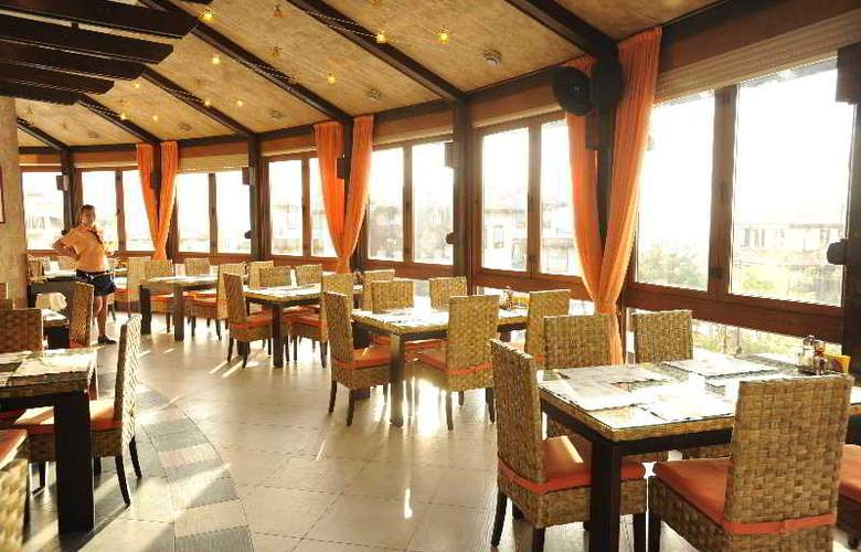 Santa Marina Sozopol - Restaurant - 25