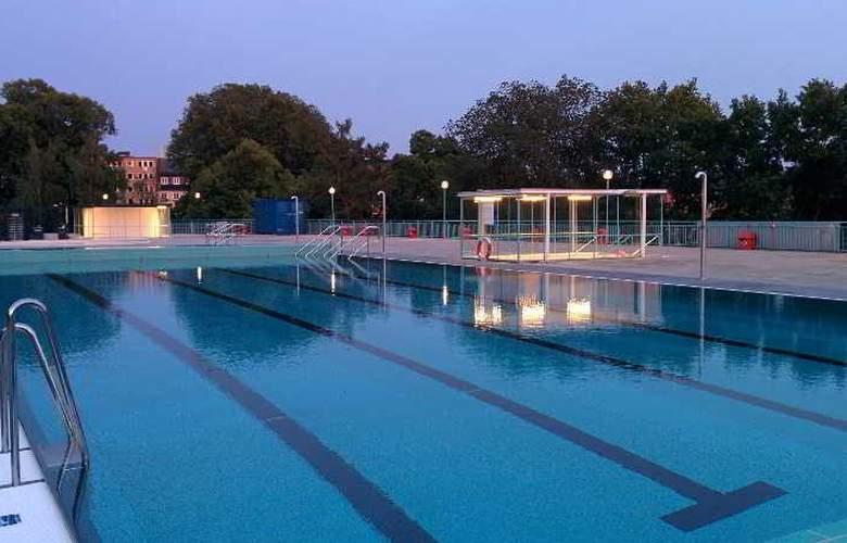 Vanadis Hotell och Bad - Pool - 6