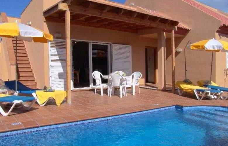 Villas Chemas (Las Pergolas III) - Hotel - 0