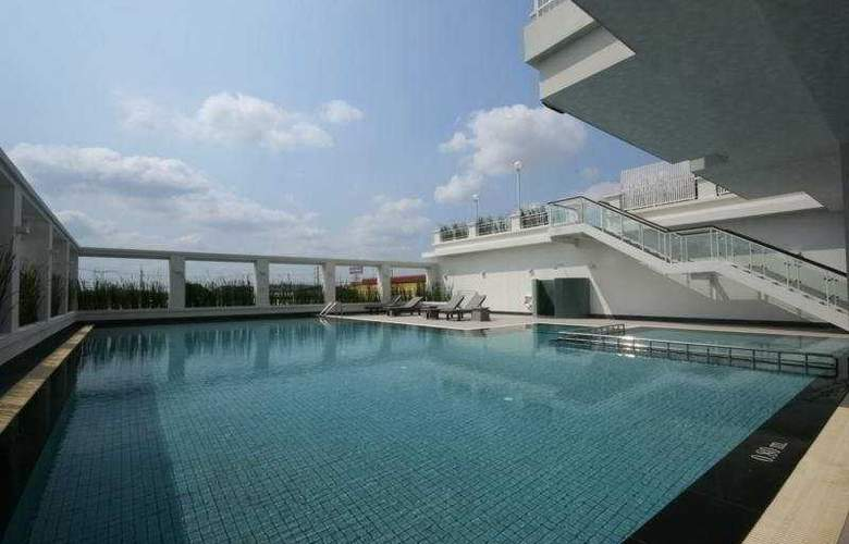 Kantary Hotel & Serviced Apartments, Kabinburi - Pool - 4