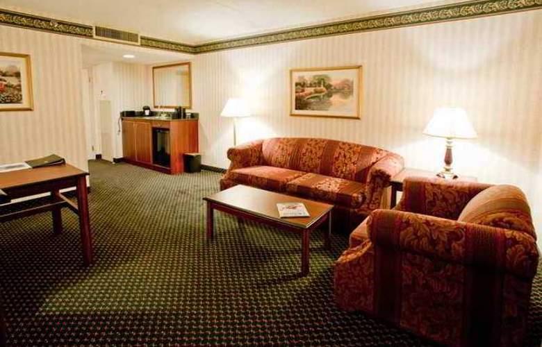 Embassy Suites Detroit - Livonia/Novi - Hotel - 4