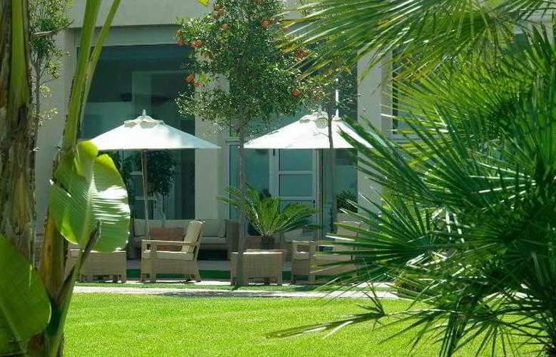 Le Meridien Ra Beach Hotel & Spa - Hotel - 37