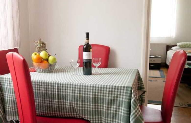 Apartman Urbana Villa - Room - 2