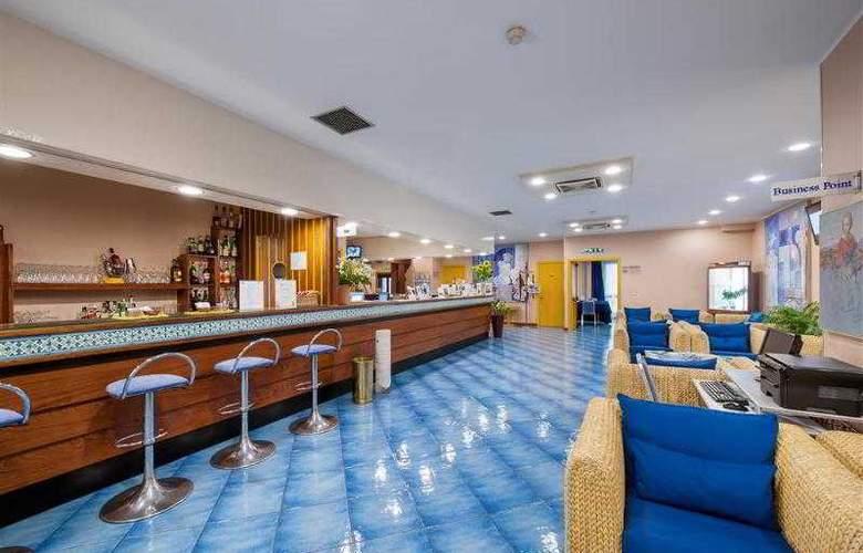 Best Western Mediterraneo - Hotel - 52