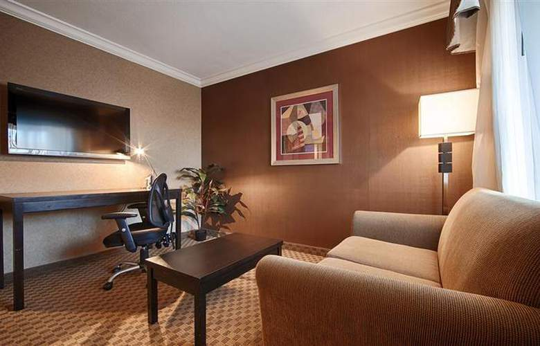 Best Western Plus Inn Suites Yuma Mall - Room - 98