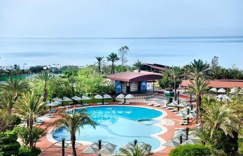 Belconti Resort - Pool - 66