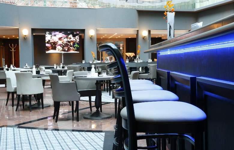 Radisson Blu Hotel Bremen - Restaurant - 19