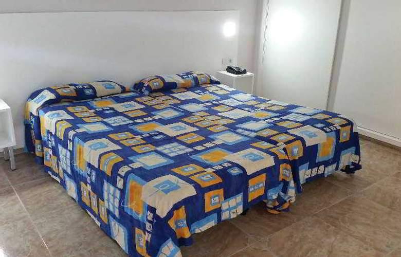 Chinyero - Room - 8