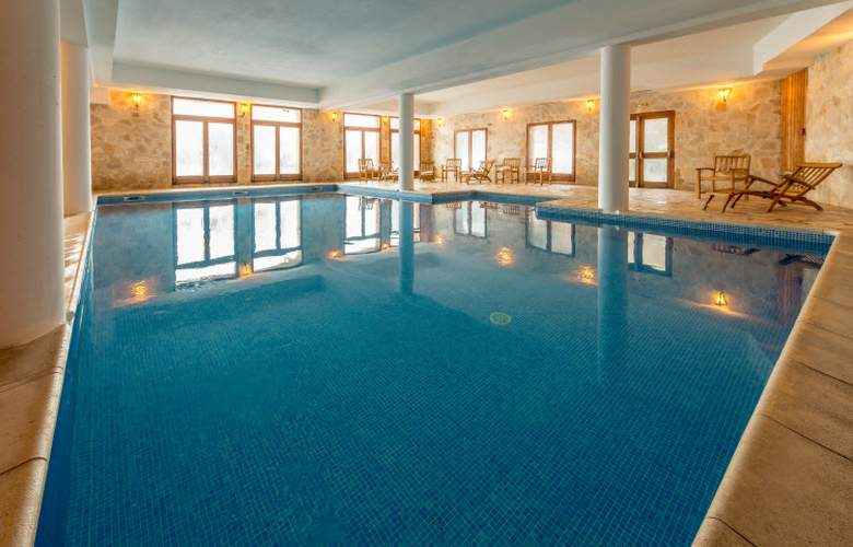Chalet Altitude - ARC 2000 - Pool - 3