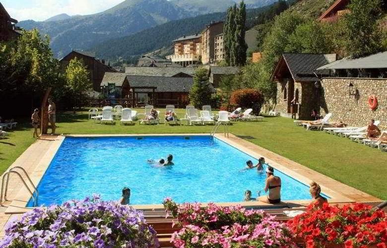 Sport Hotel - Pool - 5