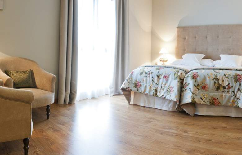 Villa Monter - Room - 6