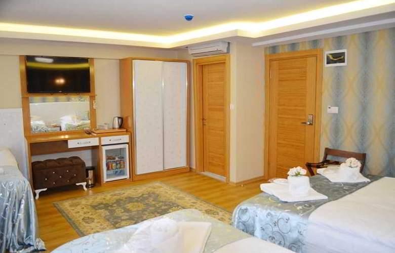 Elite Kasseria Hotel - Room - 8