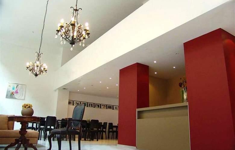 Art Suites - Bar - 2
