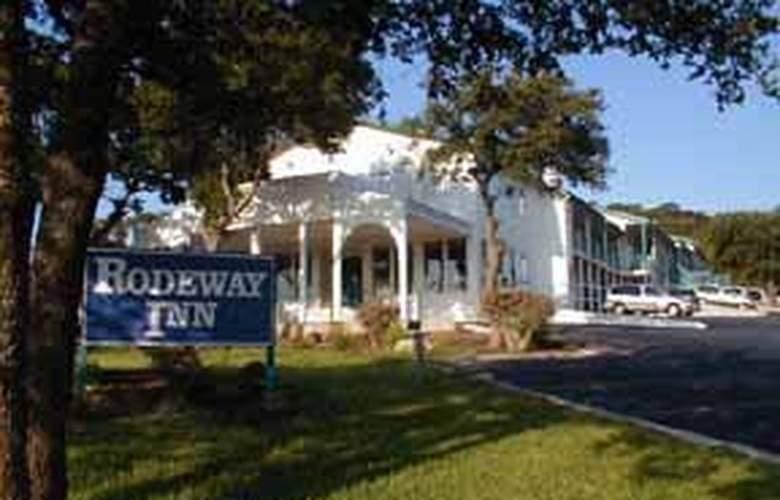 Rodeway Inn at Six Flags - Hotel - 0