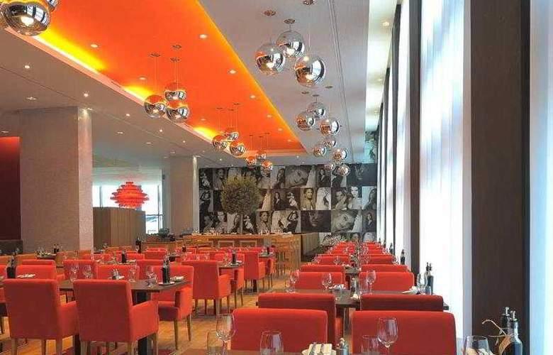 Radisson Blu Hotel Zurich Airport - Restaurant - 3