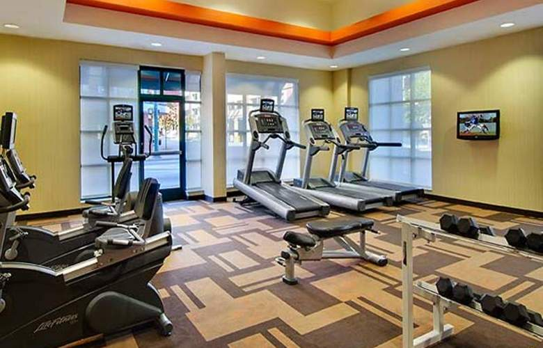 Courtyard by Marriott Chattanooga Downtown - Sport - 11