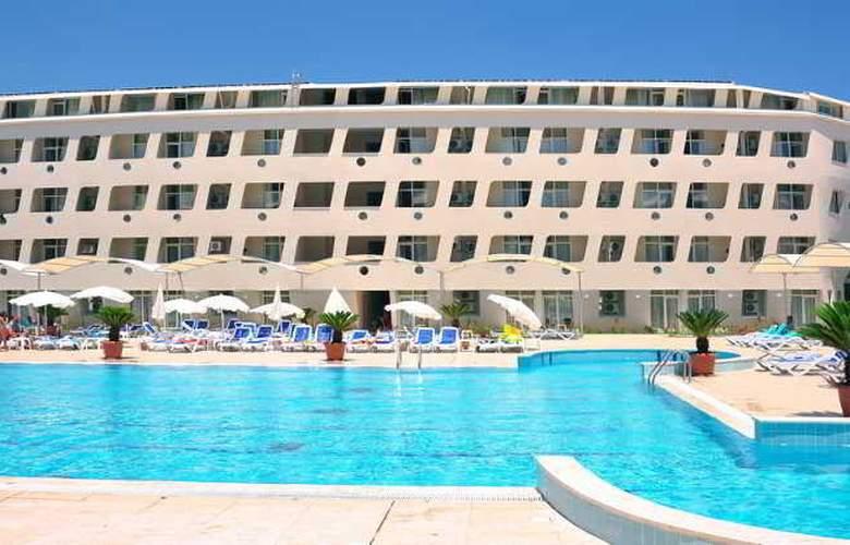 Daima Biz Hotel - Pool - 3