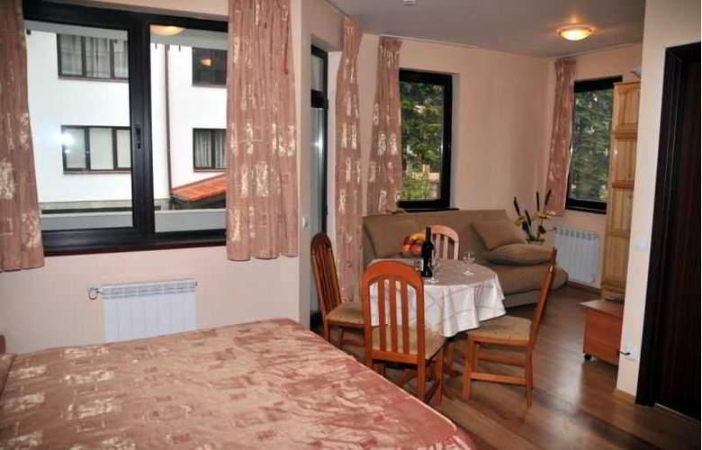 Tes Flora Apartments - Room - 5