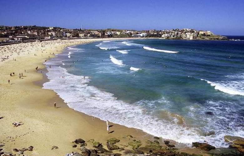 The Westin Sydney - Beach - 39