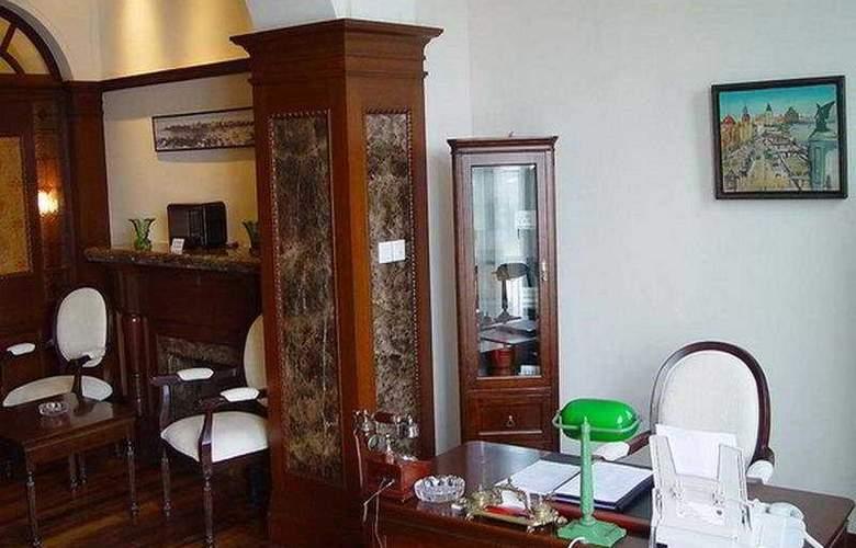 Astor House - Room - 3