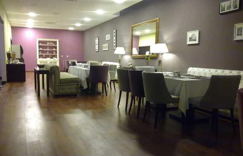 Vip Executive Saldanha - Restaurant - 5