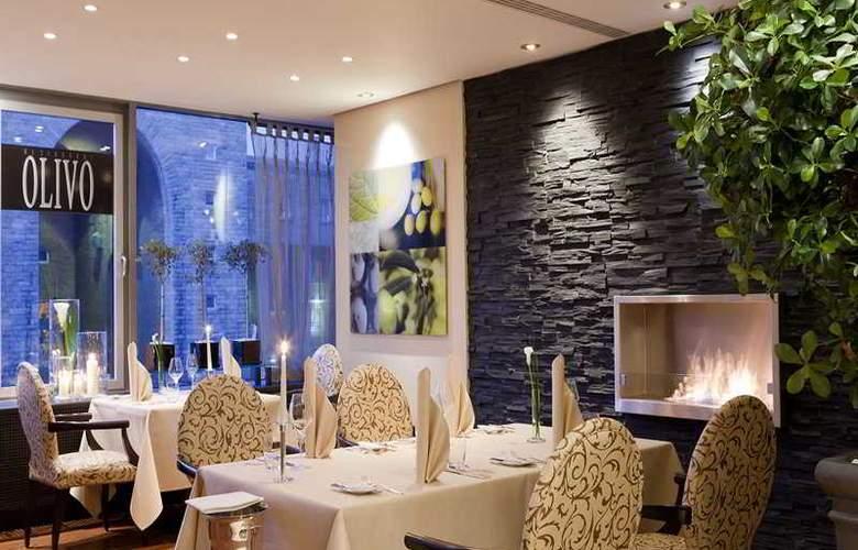 Steigenberger Graf Zeppelin - Restaurant - 5