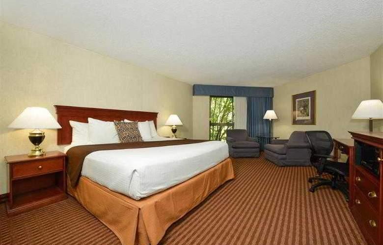 Best Western Greentree Inn - Hotel - 40