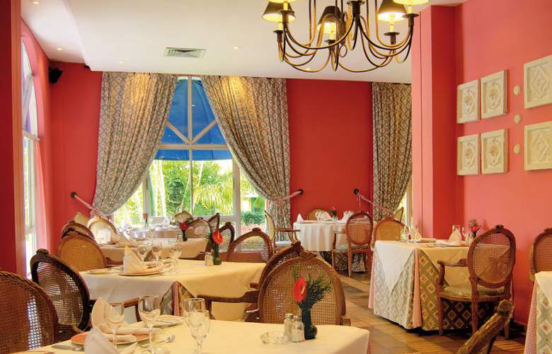 Capella Beach - Restaurant - 4