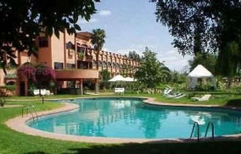 Le Zaki Hotel - Pool - 8