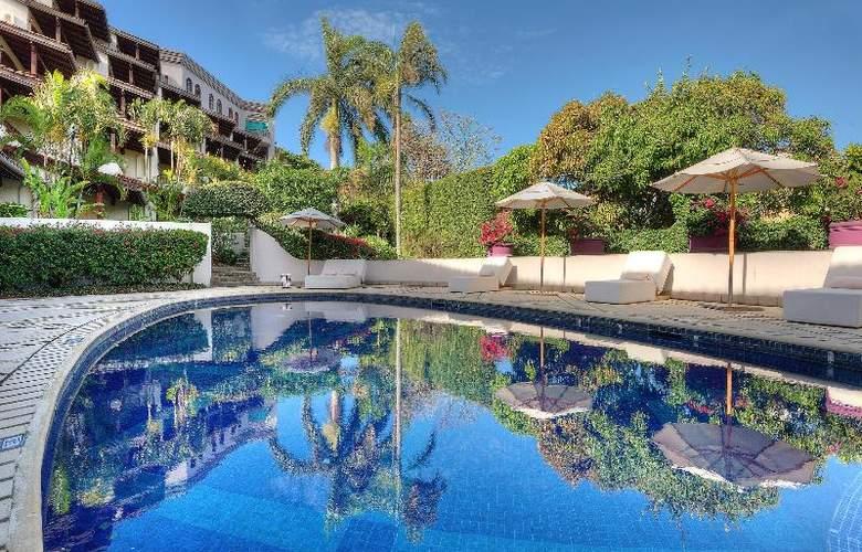 Alta Las Palomas - Pool - 26