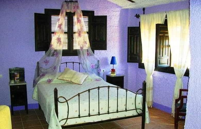 Palacio Guzmanes Hospederia Rural - Room - 3