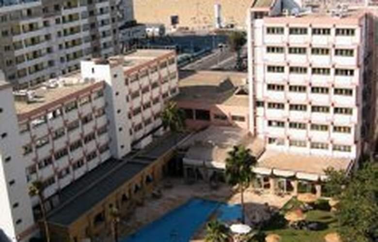 El Oumnia Puerto - Hotel - 0