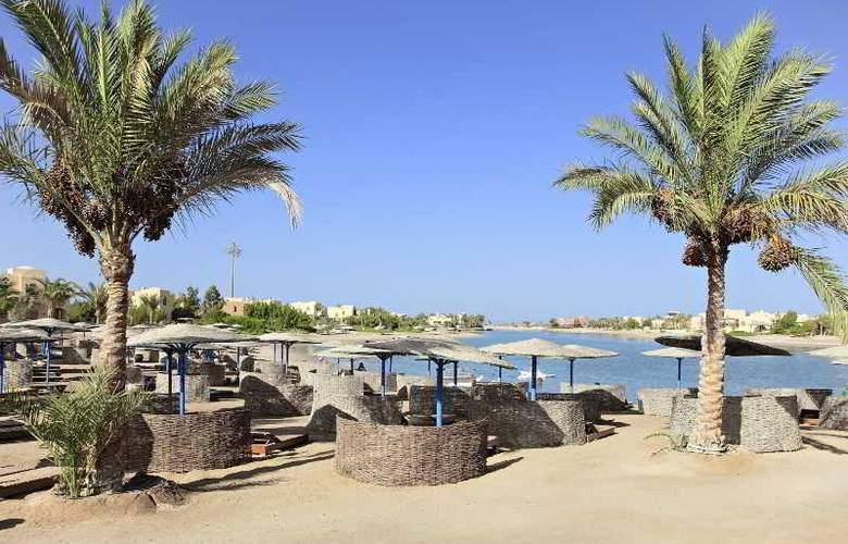 Three Corners Rihana Resort - Beach - 23