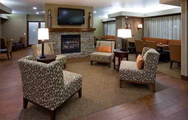 Hampton Inn Mitchell - Hotel - 0