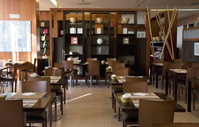Best Front Maritim - Restaurant - 53