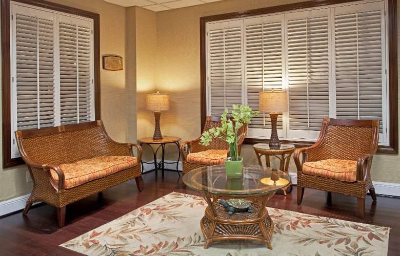 Holiday Inn Hotel & Suites Harbourside - General - 5