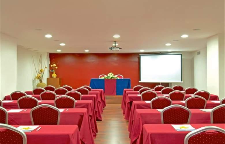 Iberostar Bouganville Playa - Conference - 35