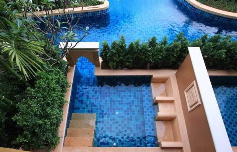 Rawai Palm Beach Resort - Pool - 10