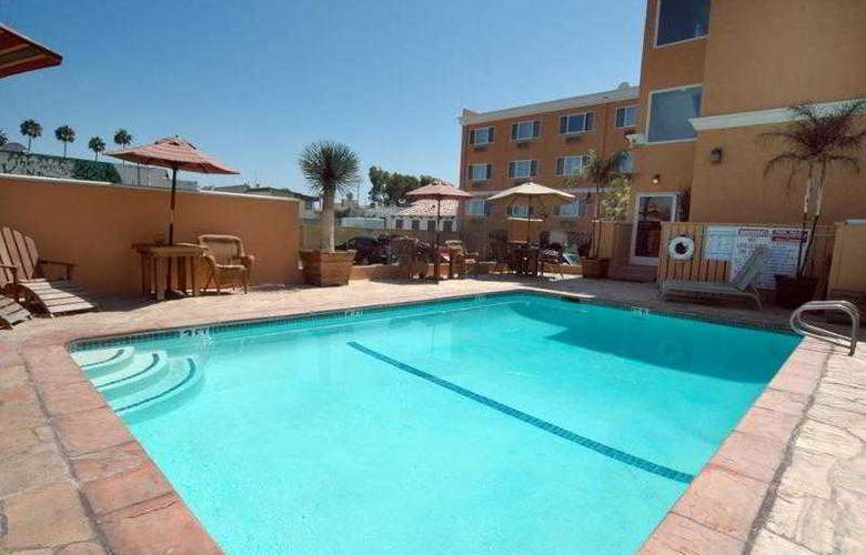 Best Western Newport Beach Inn - Hotel - 19