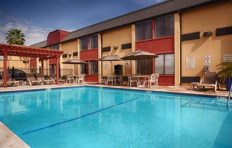 Best Western Webster Hotel, Nasa - Pool - 91