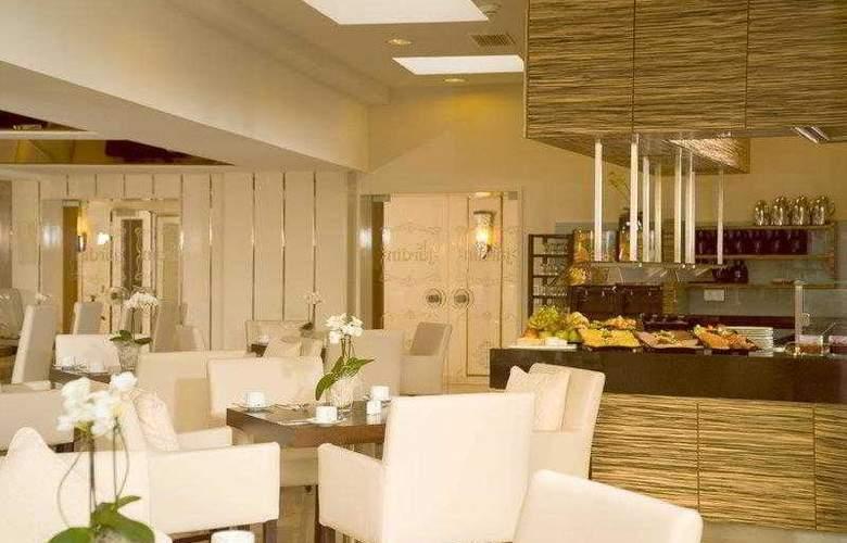 Best Western Parkhotel Oberhausen - Hotel - 6