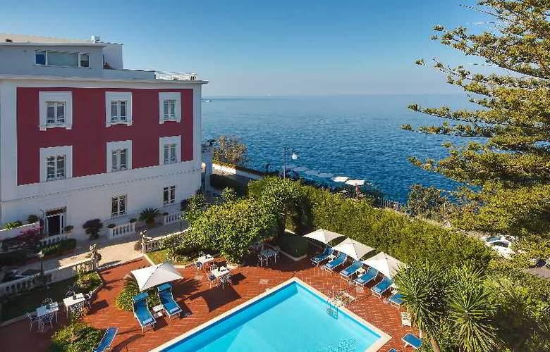 Villa Garden - Hotel - 1
